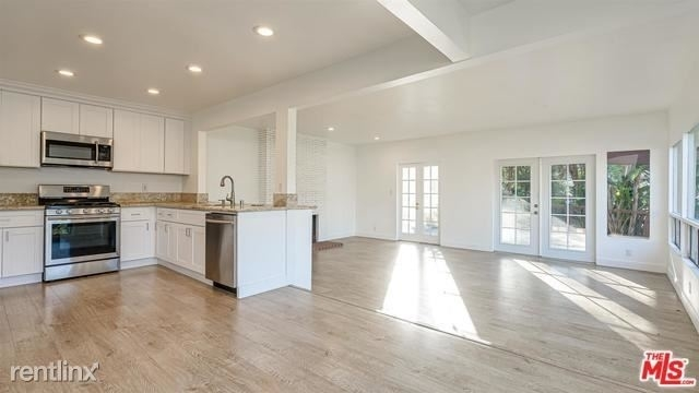 1 Bedroom, Bel Air-Beverly Crest Rental in Los Angeles, CA for $5,500 - Photo 2