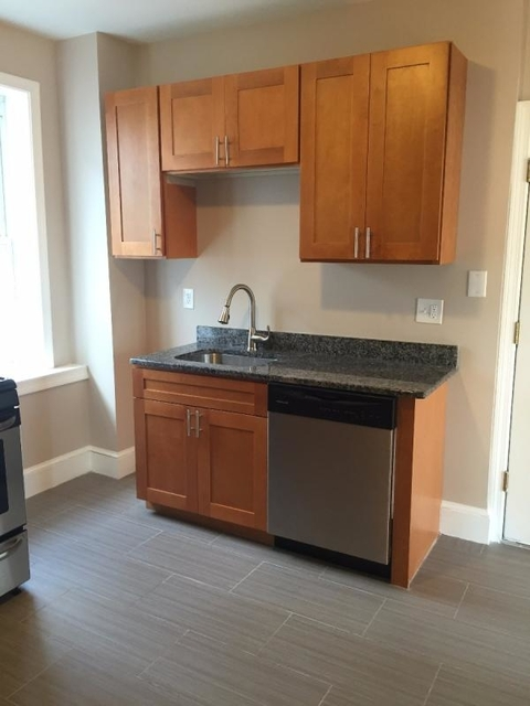 4 Bedrooms, Jeffries Point - Airport Rental in Boston, MA for $3,200 - Photo 2