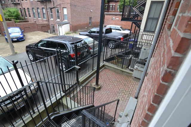 2 Bedrooms, Mission Hill Rental in Boston, MA for $3,150 - Photo 2