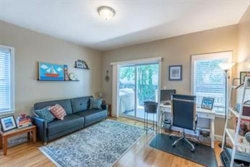 2 Bedrooms, Orient Heights Rental in Boston, MA for $2,500 - Photo 2