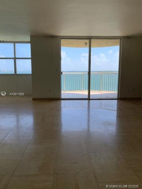 3 Bedrooms, Miami Financial District Rental in Miami, FL for $3,300 - Photo 2