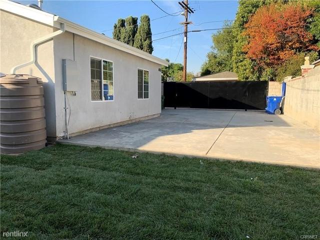 3 Bedrooms, Van Nuys Rental in Los Angeles, CA for $4,490 - Photo 2