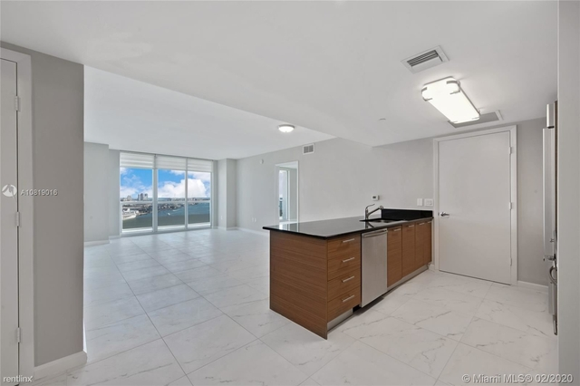 2 Bedrooms, Downtown Miami Rental in Miami, FL for $3,150 - Photo 1