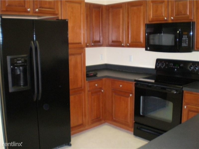 2 Bedrooms, Seventh Day Rental in Miami, FL for $1,795 - Photo 2