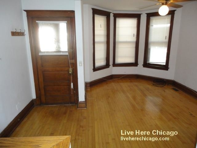 3 Bedrooms, Wrightwood Rental in Chicago, IL for $2,695 - Photo 2