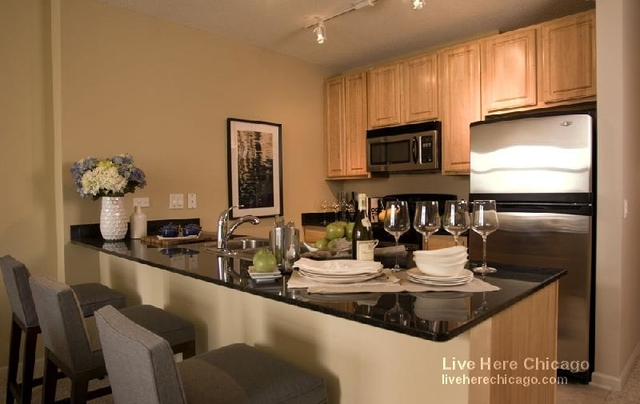 1 Bedroom, Fulton River District Rental in Chicago, IL for $2,425 - Photo 1