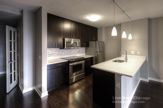 2 Bedrooms, Near North Side Rental in Chicago, IL for $3,698 - Photo 1