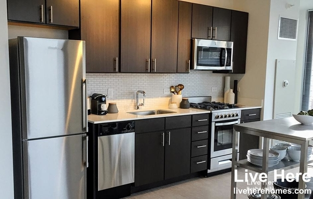 1 Bedroom, River North Rental in Chicago, IL for $2,321 - Photo 1