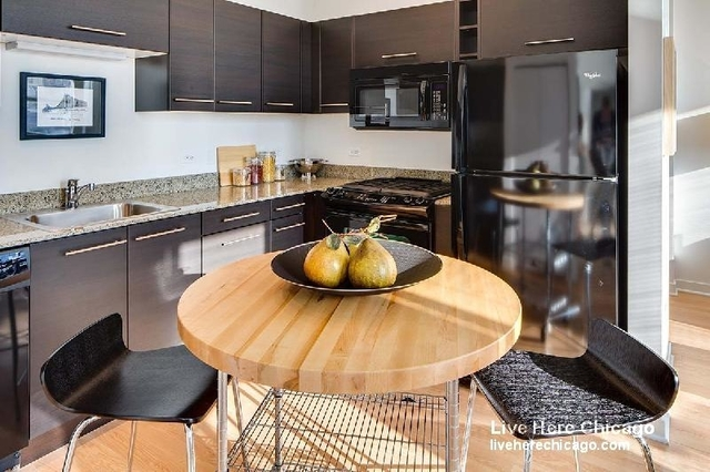 1 Bedroom, Goose Island Rental in Chicago, IL for $2,941 - Photo 1