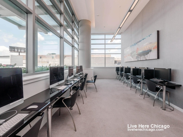 1 Bedroom, Greektown Rental in Chicago, IL for $2,267 - Photo 2