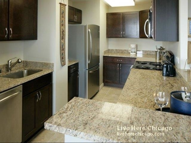2 Bedrooms, Lincoln Park Rental in Chicago, IL for $4,305 - Photo 1