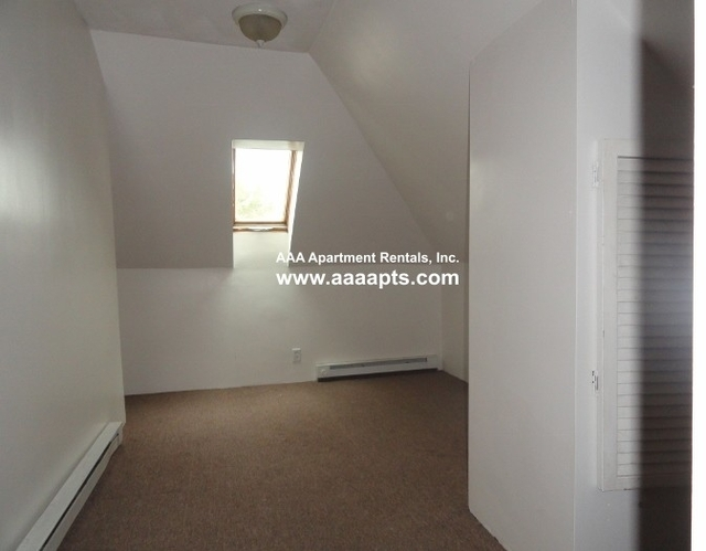 4 Bedrooms, Maplewood Highlands Rental in Boston, MA for $2,795 - Photo 2