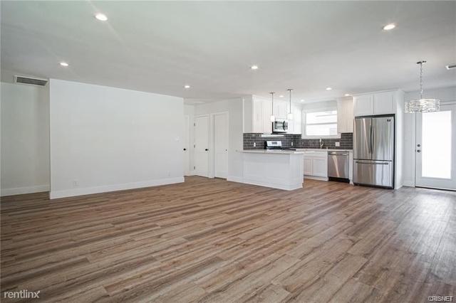 3 Bedrooms, Van Nuys Rental in Los Angeles, CA for $3,299 - Photo 2