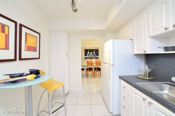 1 Bedroom, King Point East Rental in Miami, FL for $1,460 - Photo 1