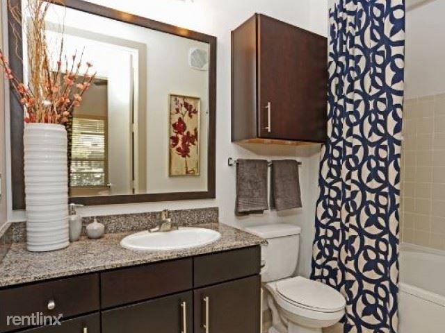 1 Bedroom, Oak Lawn Rental in Dallas for $1,214 - Photo 2