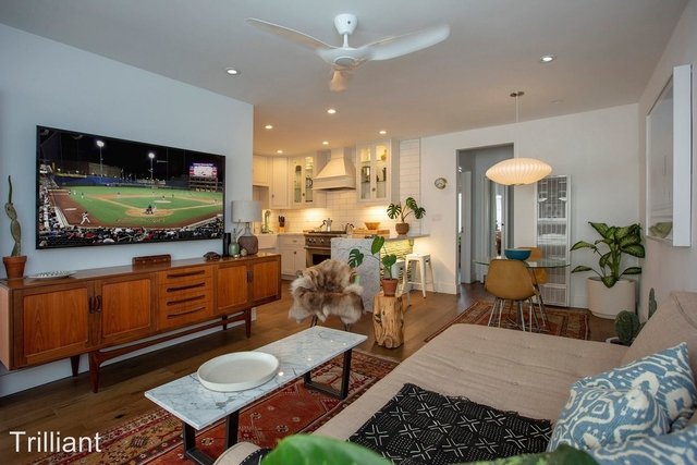 1 Bedroom, Hollywood United Rental in Los Angeles, CA for $2,599 - Photo 2