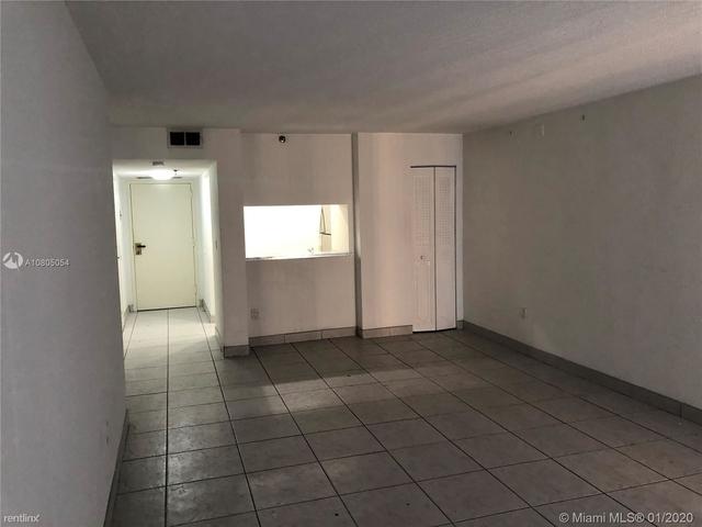 1 Bedroom, Plaza Venetia Rental in Miami, FL for $1,690 - Photo 2