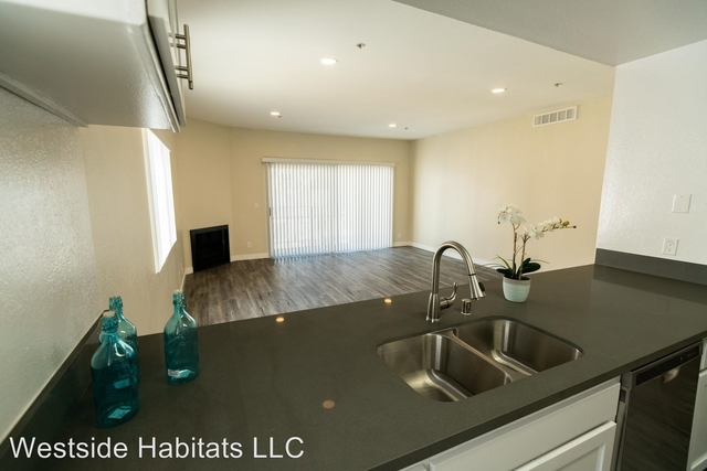 2 Bedrooms, Central Hollywood Rental in Los Angeles, CA for $2,798 - Photo 1