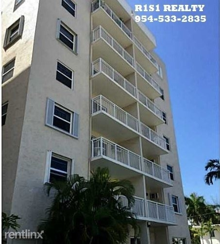 2 Bedrooms, Central Beach Rental in Miami, FL for $1,595 - Photo 2