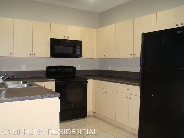 3 Bedrooms, Westchester Rental in Miami, FL for $2,070 - Photo 1