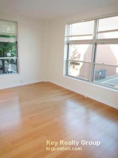 2 Bedrooms, Harrison Lenox Rental in Boston, MA for $3,775 - Photo 2