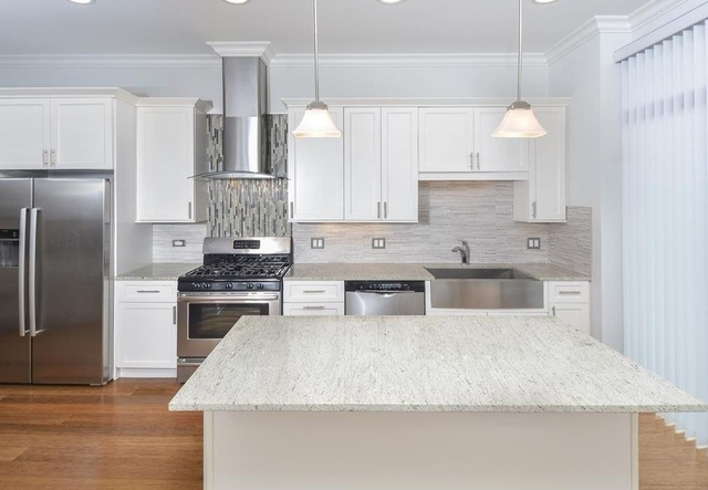2 Bedrooms, Near West Side Rental in Chicago, IL for $3,125 - Photo 1