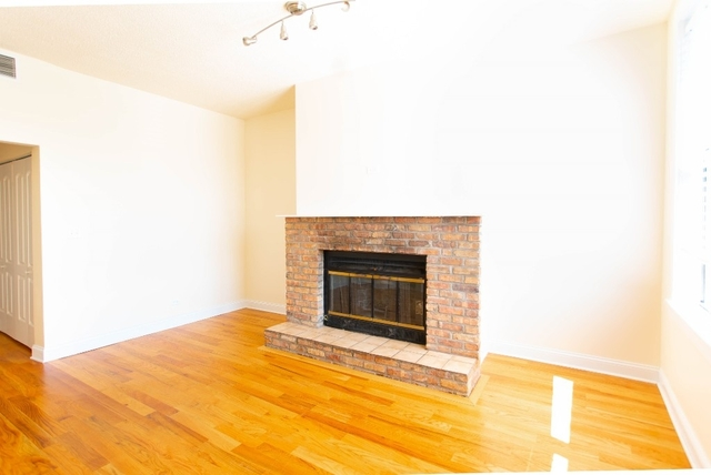 3 Bedrooms, Logan Square Rental in Chicago, IL for $2,395 - Photo 2