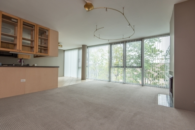 2 Bedrooms, The Gap Rental in Chicago, IL for $1,985 - Photo 2