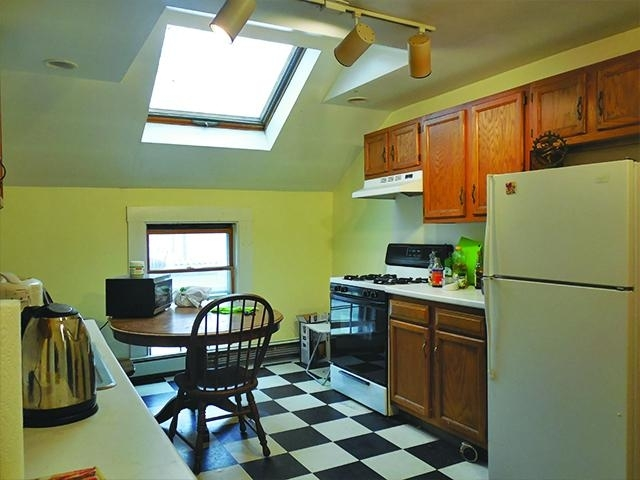 3 Bedrooms, Ward Two Rental in Boston, MA for $3,150 - Photo 1