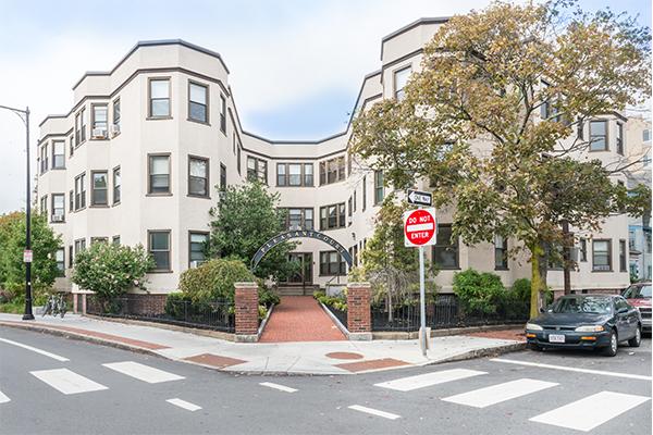 3 Bedrooms, Riverside Rental in Boston, MA for $3,650 - Photo 1
