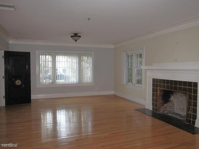 4 Bedrooms, Playhouse District Rental in Los Angeles, CA for $3,900 - Photo 1