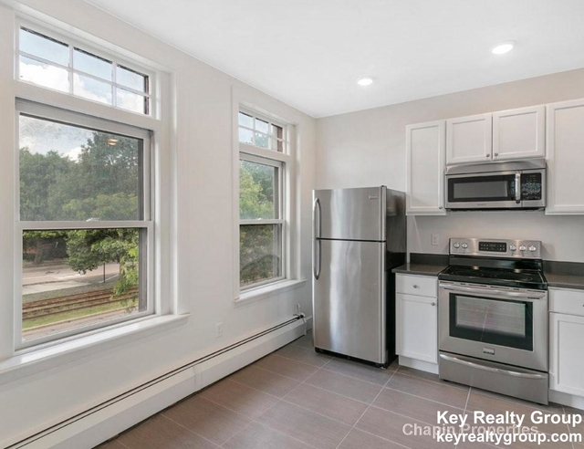 1 Bedroom, Cleveland Circle Rental in Boston, MA for $3,200 - Photo 1
