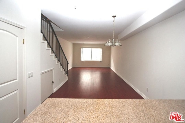 3 Bedrooms, Greater Wilshire Rental in Los Angeles, CA for $3,500 - Photo 1