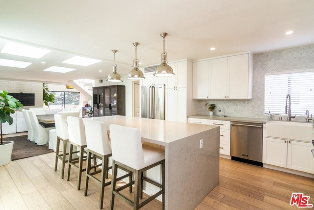 2 Bedrooms, Wilshire-Montana Rental in Los Angeles, CA for $11,000 - Photo 1
