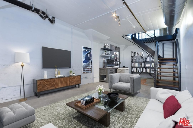 2 Bedrooms, Arts District Rental in Los Angeles, CA for $6,500 - Photo 1