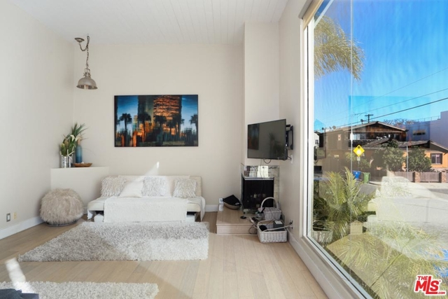 3 Bedrooms, Silver Triangle Rental in Los Angeles, CA for $11,500 - Photo 1