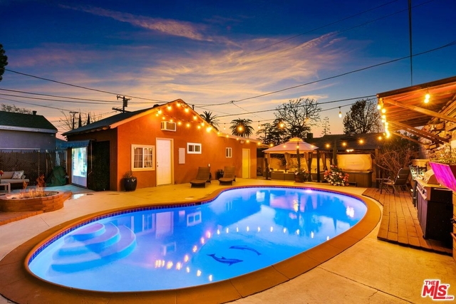 5 Bedrooms, Mid-Town North Hollywood Rental in Los Angeles, CA for $6,500 - Photo 2