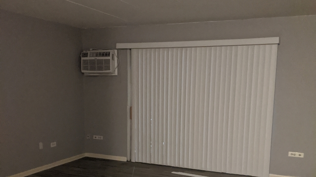 2 Bedrooms, Thornton Rental in Chicago, IL for $1,300 - Photo 2