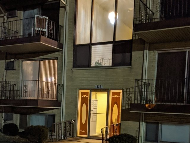 2 Bedrooms, Thornton Rental in Chicago, IL for $1,300 - Photo 1