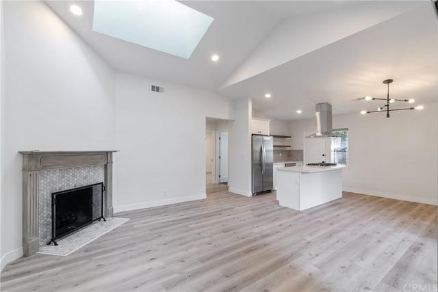 2 Bedrooms, Downtown Pasadena Rental in Los Angeles, CA for $3,000 - Photo 2