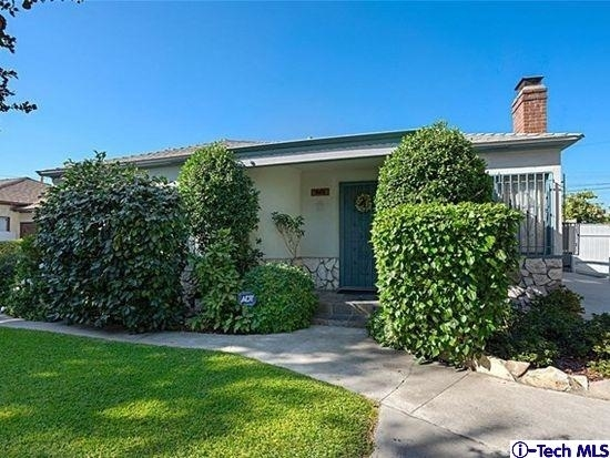 3 Bedrooms, Mid-Town North Hollywood Rental in Los Angeles, CA for $3,300 - Photo 1