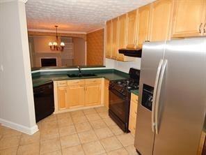 2 Bedrooms, DeKalb Rental in Atlanta, GA for $1,550 - Photo 2