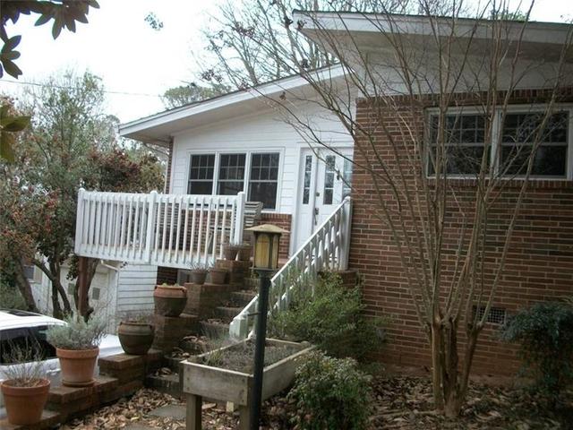 2 Bedrooms, Druid Hills Rental in Atlanta, GA for $1,850 - Photo 2