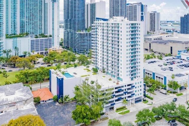 3 Bedrooms, Media and Entertainment District Rental in Miami, FL for $3,850 - Photo 2