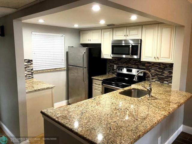 2 Bedrooms, Pine Island Ridge Rental in Miami, FL for $1,700 - Photo 2