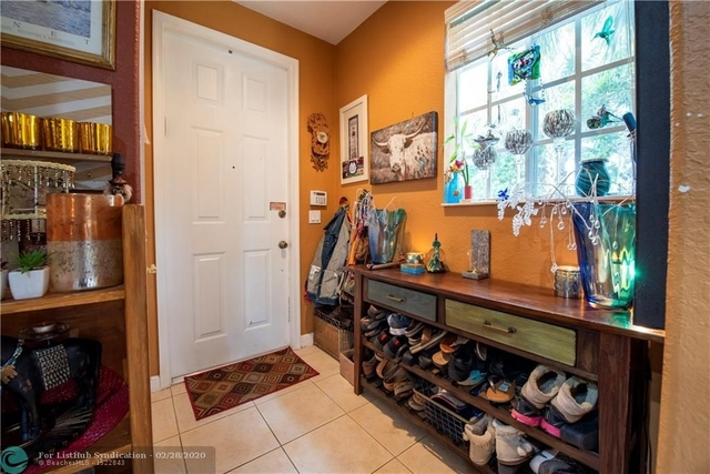 2 Bedrooms, Country Western Store Rental in Miami, FL for $2,200 - Photo 2