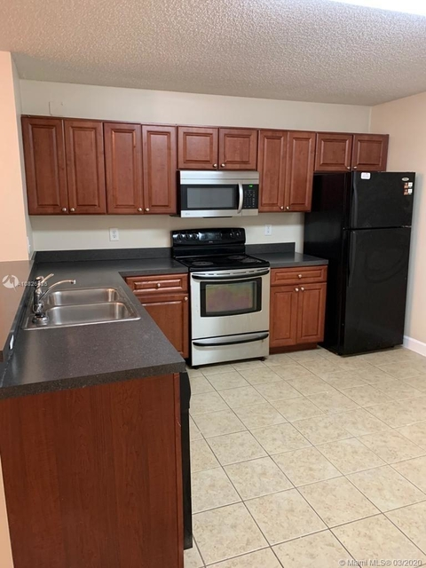 1 Bedroom, Grande Marquis Condominiums Rental in Miami, FL for $1,350 - Photo 1