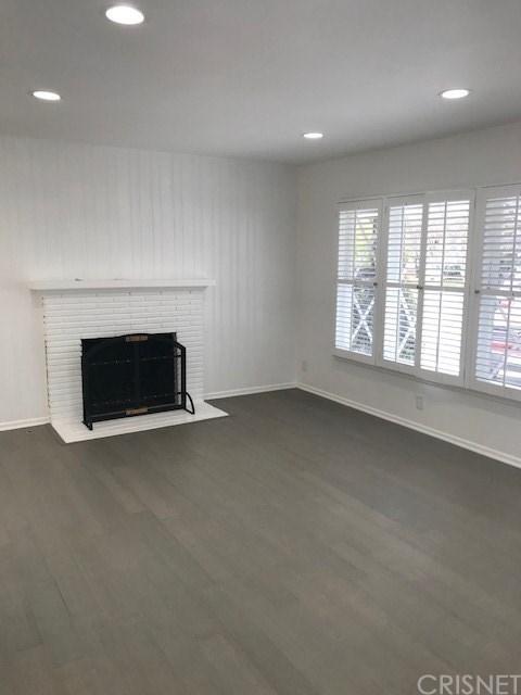 3 Bedrooms, Van Nuys Rental in Los Angeles, CA for $4,000 - Photo 2