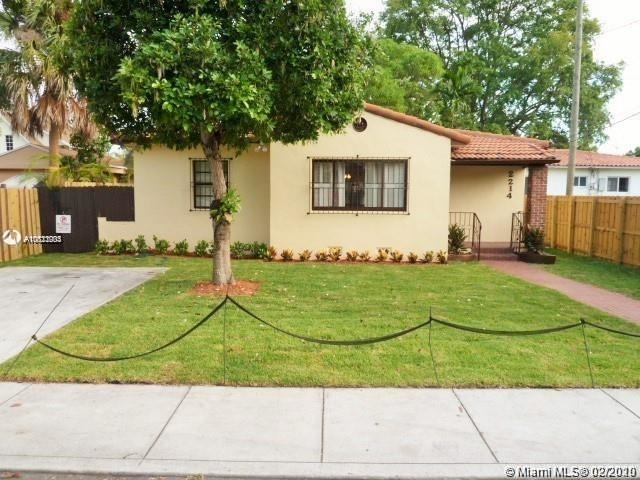 3 Bedrooms, Coral Way Rental in Miami, FL for $2,700 - Photo 1