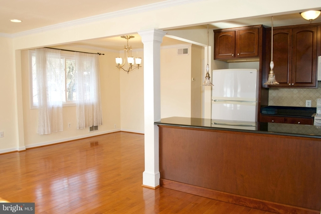 2 Bedrooms, Waverly Hills Rental in Washington, DC for $2,200 - Photo 2